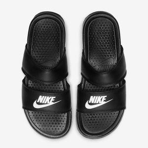 Women's Nike Benassi Dual Ultra Slide